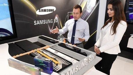 Самсунг продемонстрировал воФранкфурте модульные батареи сзапасом хода до700км