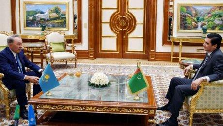 Назарбаев: Казахстан рассчитывает нарасширение сотрудничества сТуркменистаном