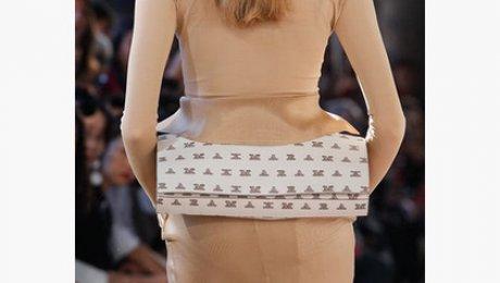 Итальянцы предложили носить сумки на яго ...