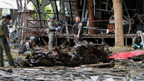ВТаиланде при взрыве самодельной бомбы погибли четверо военнослужащих