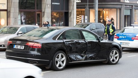 ВТаллине премьер Эстонии попал в трагедию