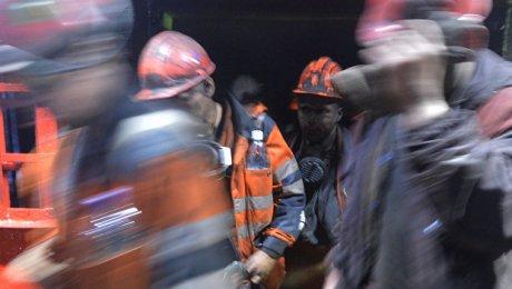 ВБаткенской области три человека погибли вугольной шахте