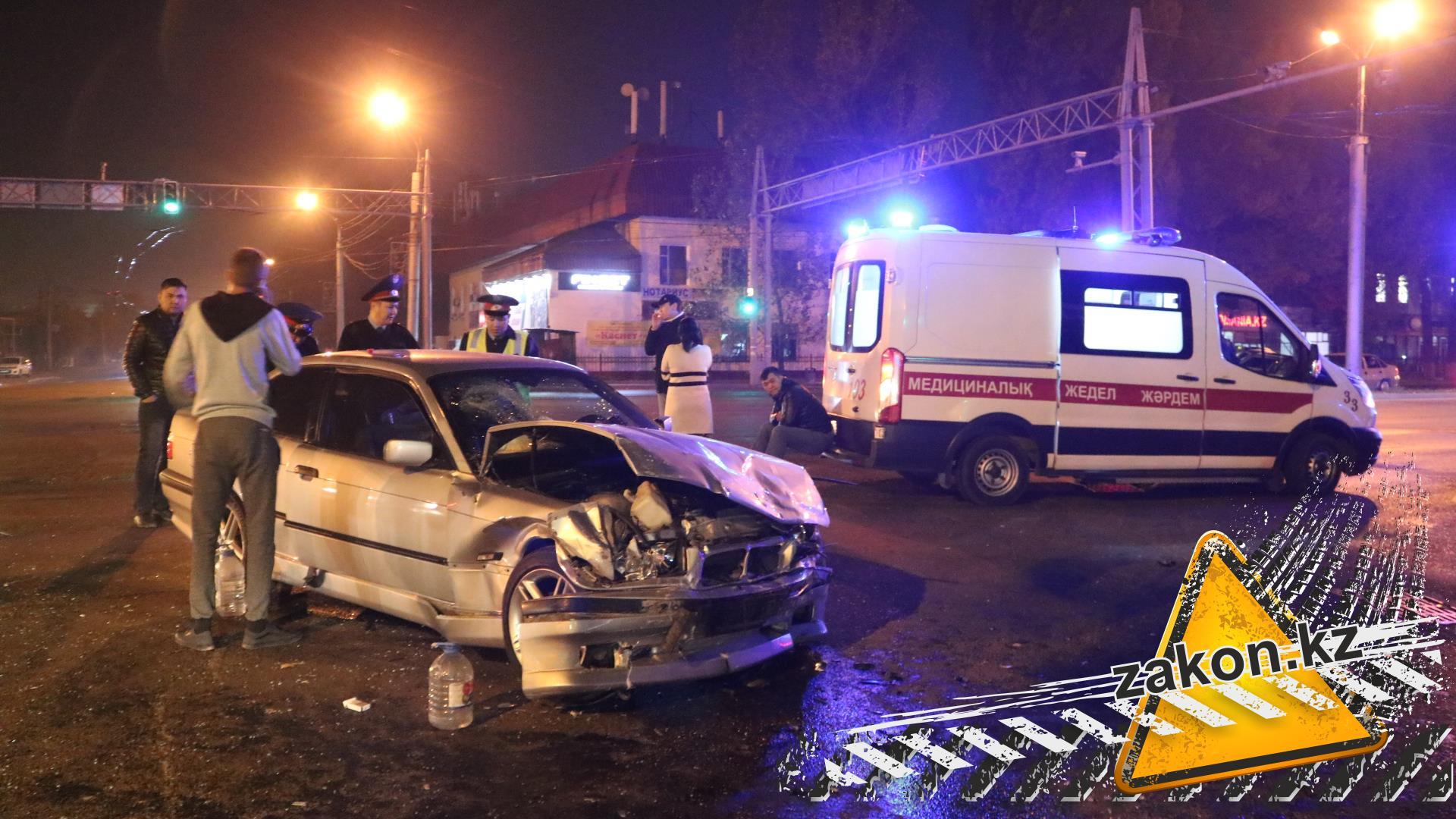 ВАлматы ошибка водителя Camry привел ксмерти пассажира