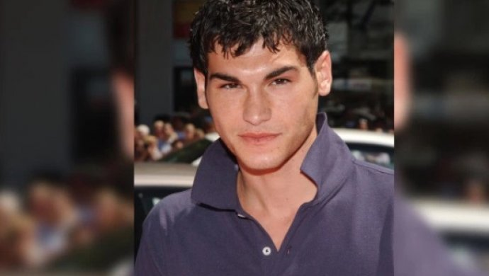34-летний голливудский артист покончил жизнь самоубийством