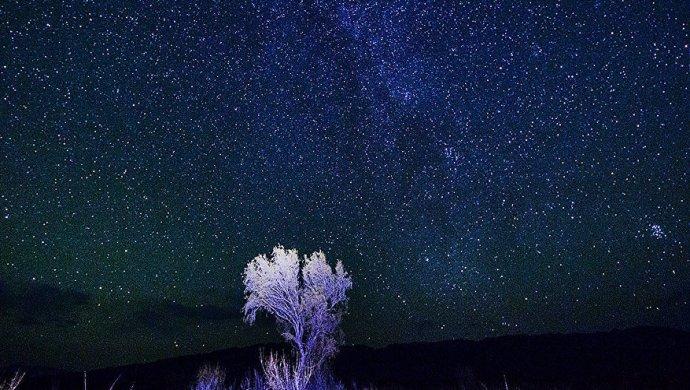 Метеорный поток Геминиды 14-15декабря 2017: где посмотреть звездопад вИркутске