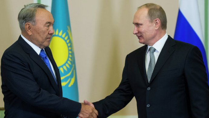 Владимир Путин поздравил Дональда Трампа сНовым годом