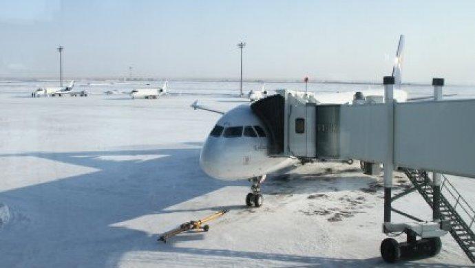 Аэропорт вАстане закрыли из-за непогоды