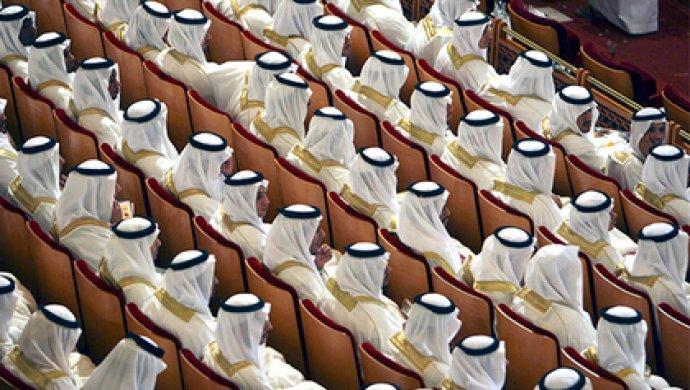 Упринцев Саудовской Аравии потребовали 100 млрд долларов
