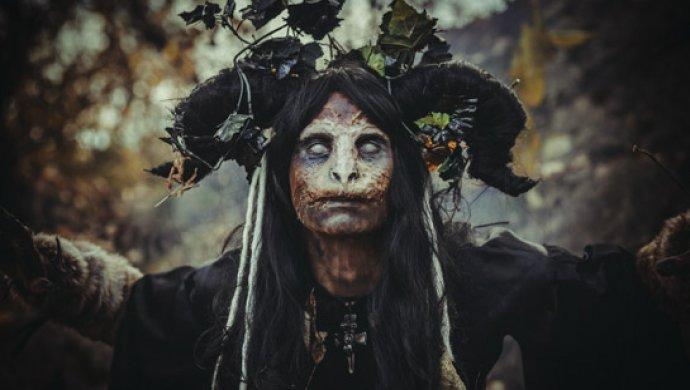 Ведьмы девушку едва несварили вкипятке вовремя карнавала