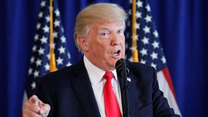 Трамп обиделся надемократов, которые нестали рукоплескать его речи