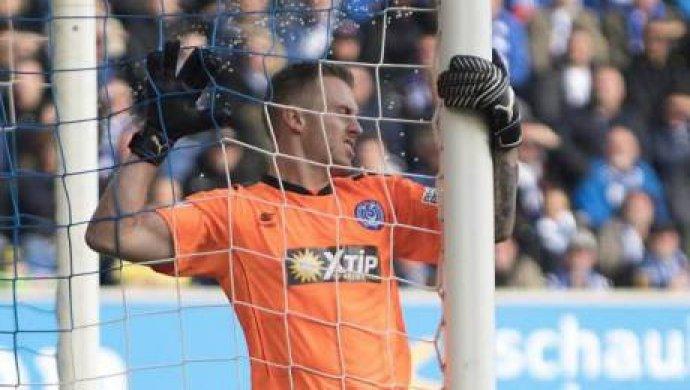 «Сушняк замучил»: голкипер вГермании пропустил самый позорный гол