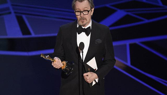 Сэм Рокуэлл стал лауреатом премии «Оскар» замужскую роль 2-го плана