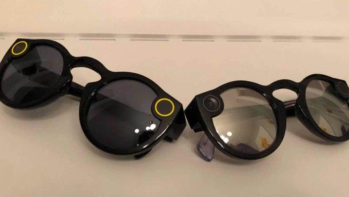 Snapchat представил новейшую версию очков Spectacles совстроенной камерой