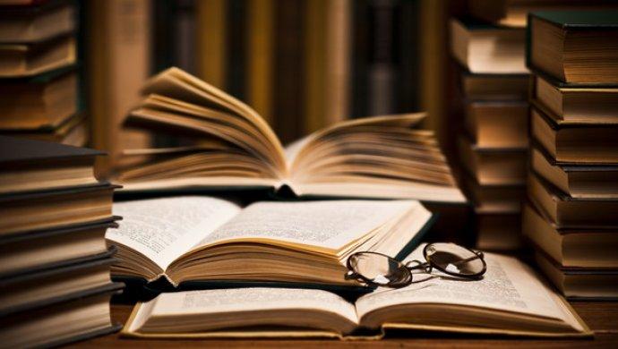 Лучший за50 лет: роман «Английский пациент» получил золотого Букера