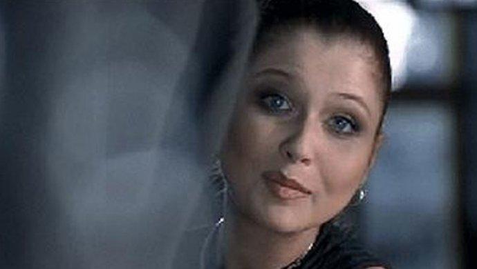 Уснула с сигаретой. Известная актриса попала в реанимацию из-за обширного ожога
