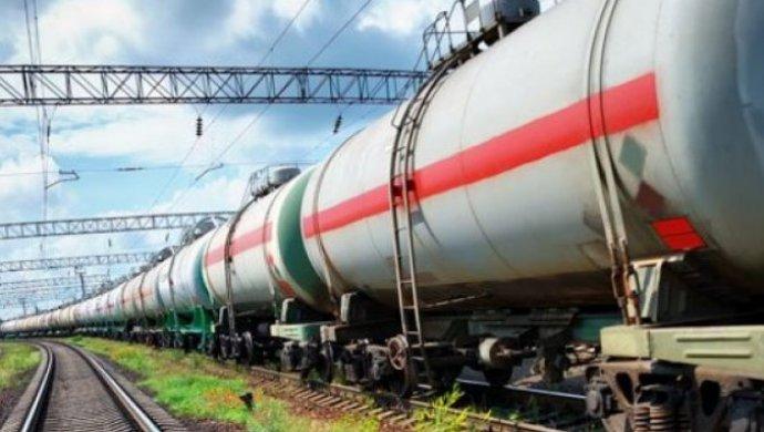 Казахстан вводит запрет на ввоз российского бензина