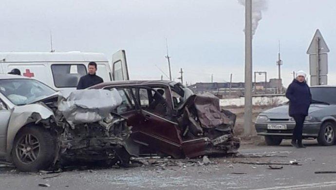 Жуткая авария на трассе в Жезказган: семеро пострадавших, один человек погиб