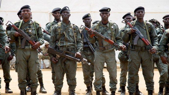 ВГабоне военные захватили радио ипозвали народ навосстание против президента