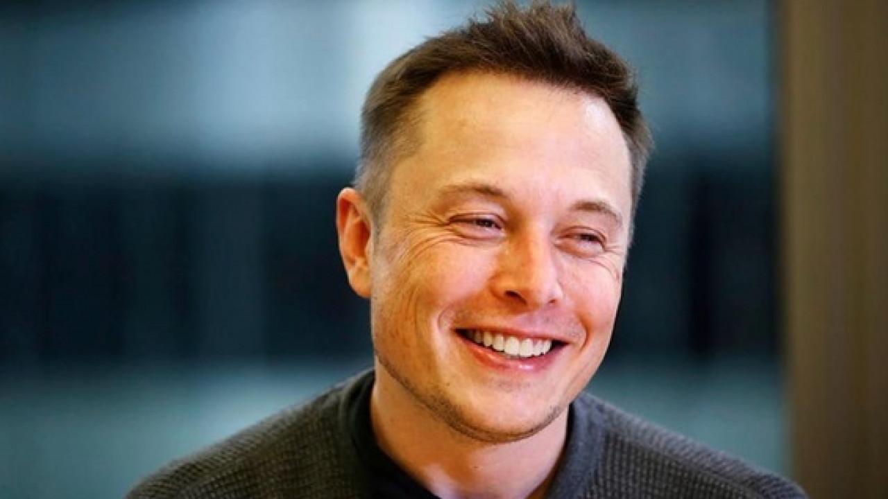 Илон Маск собрался чипировать человека. Раскрыты подробности технологии