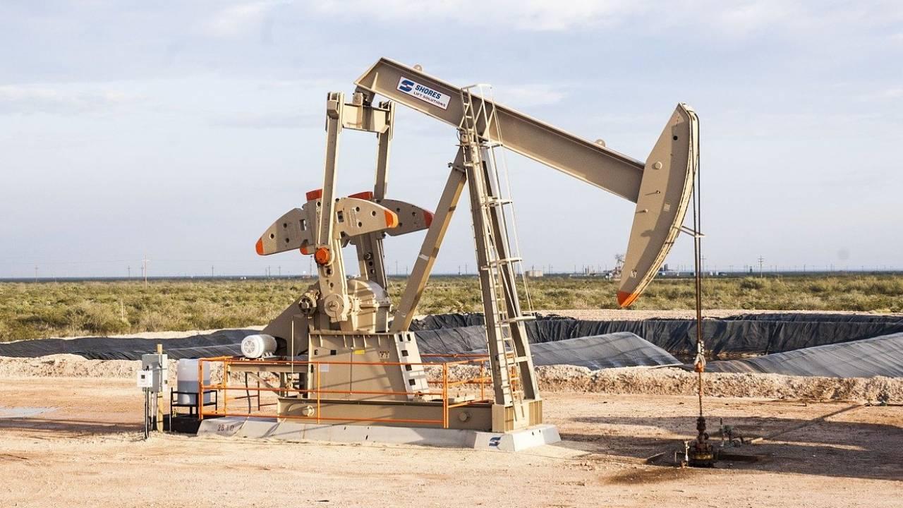 Цены на нефть серьезно упали