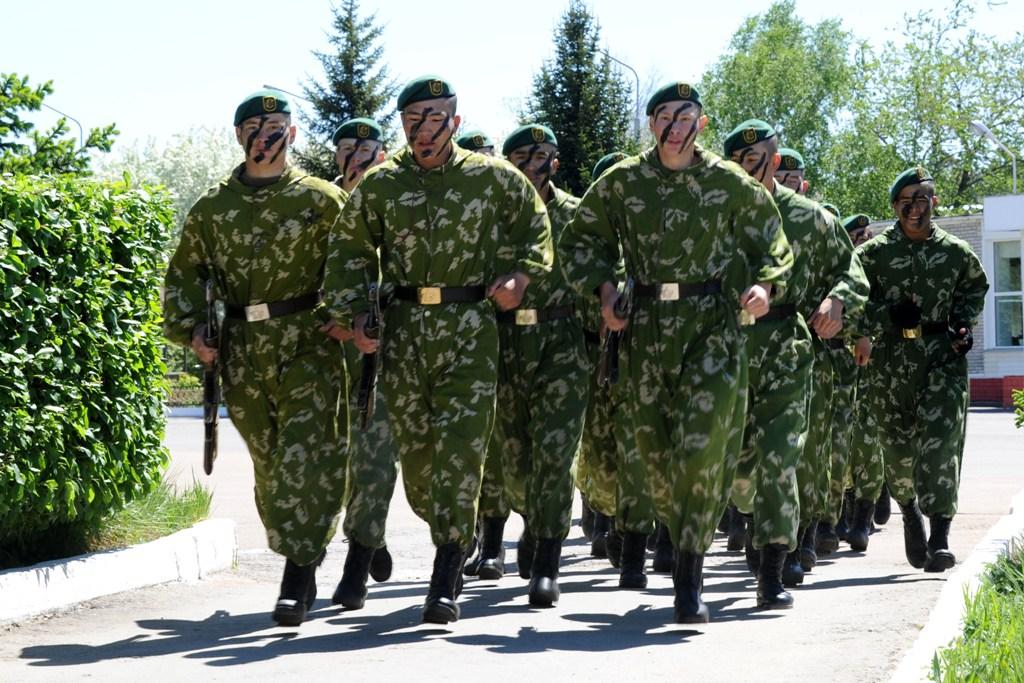 Секс кадетов солдат