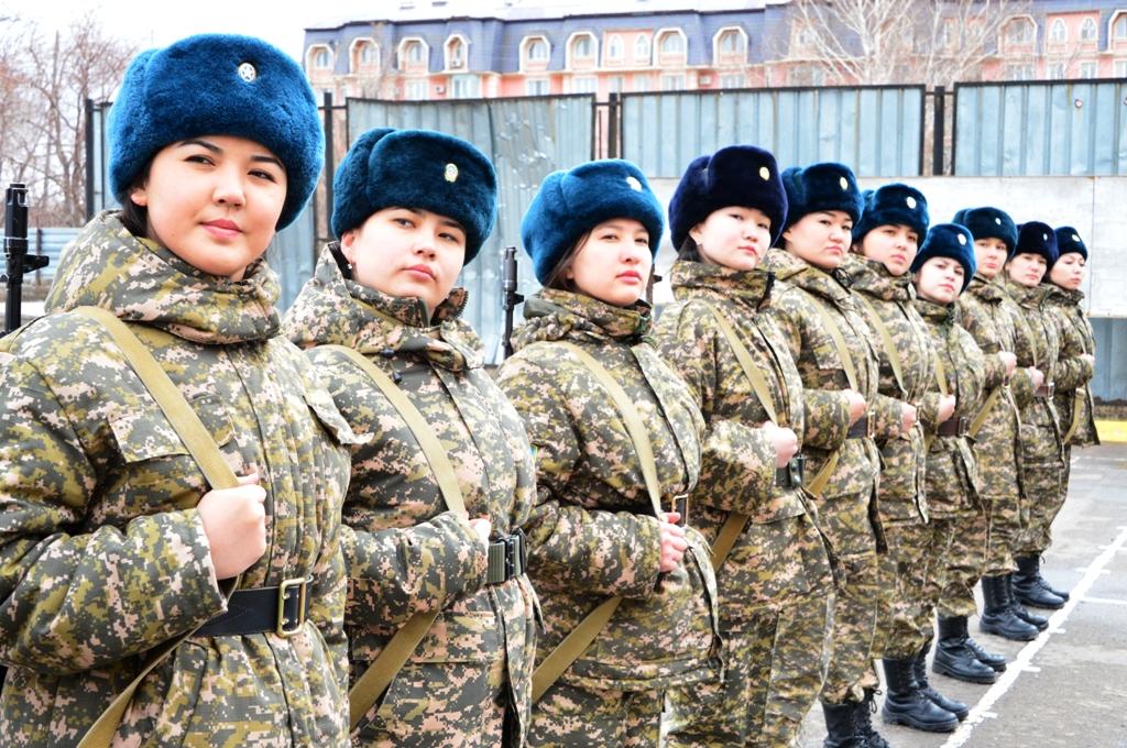 работы в казахстане для девушек