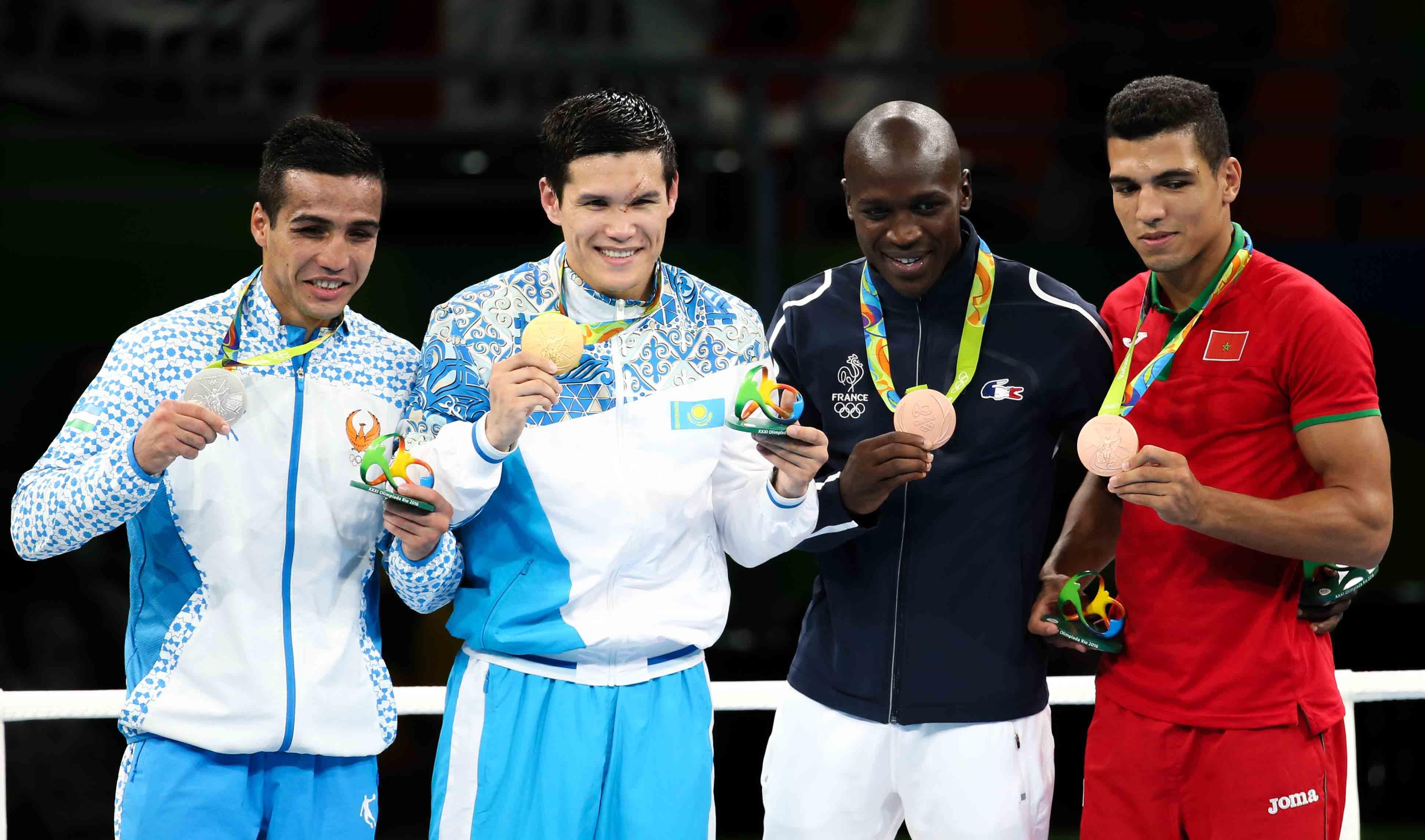 тут олимпийские чемпионы казахстана в рио фото самокате попал