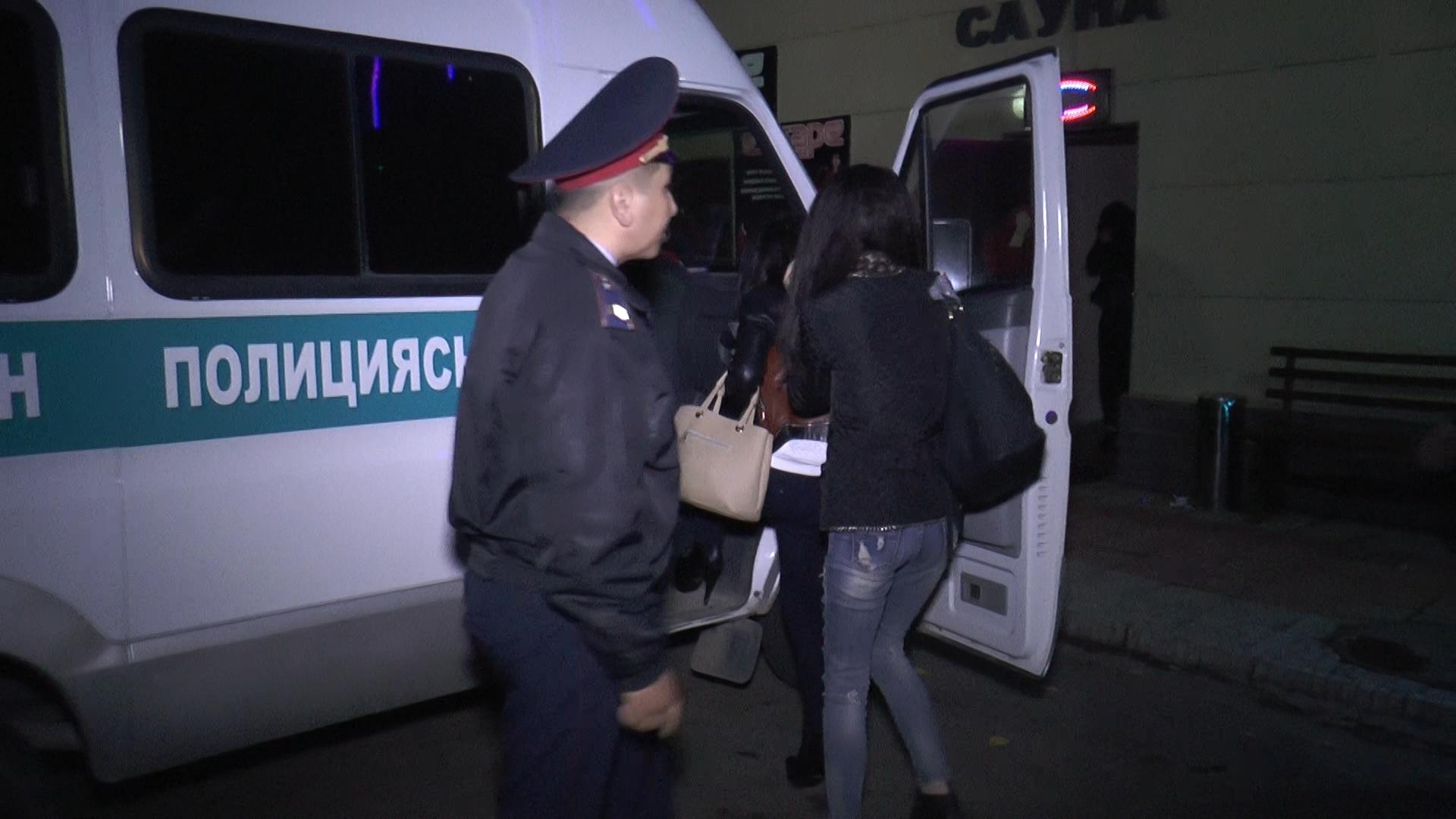 Проститутки задержания отзывы проституток тюмень