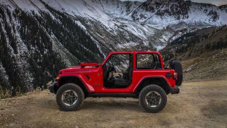 Появились первые фото нового Jeep Wrangler