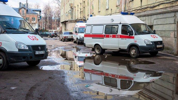 60-летний петербуржец встретил с гранатой приехавших на вызов медиков