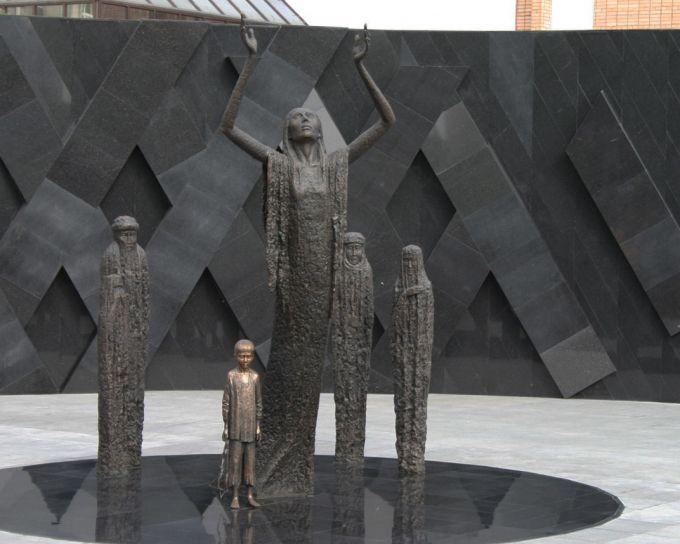 Астанада қоладан жасалған мүсінді ұрлаған ер азамат 4 жылға сотталды