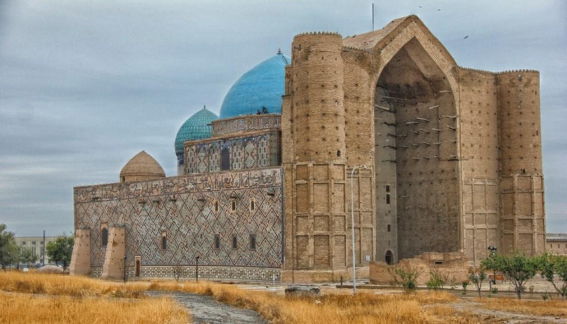 кто поет туркестан древний город вишни город туркестан метод