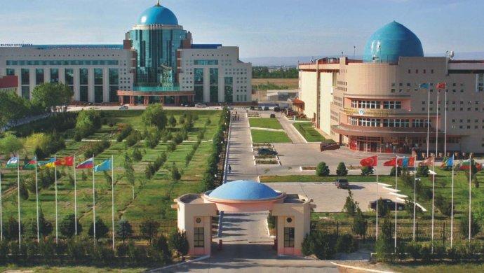 В Туркестане хотят запретить проезд на авто в историческом центре
