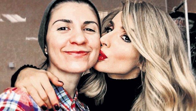 novie-lesbi-sayti-trahayut-papiki-onlayn-i-konchayut