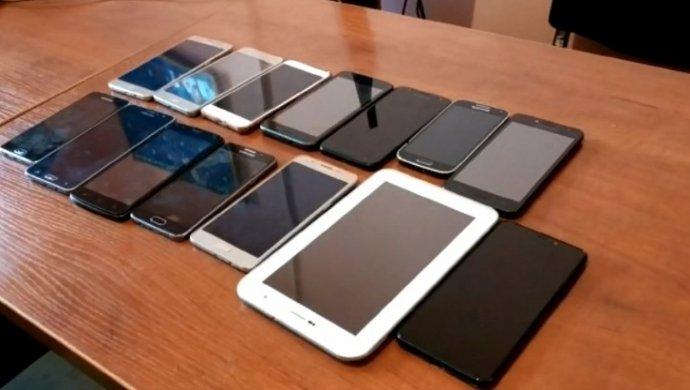 Международный канал сбыта краденых телефонов пресекли в Алматы