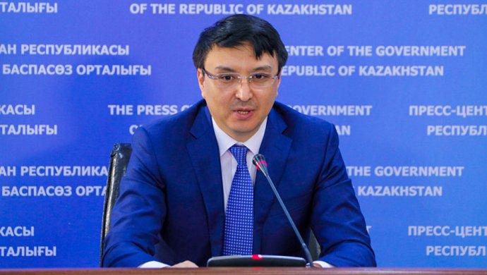 Депутат Альтаев: Ребенка в Казахстане можно содержать на 20 тысяч тенге