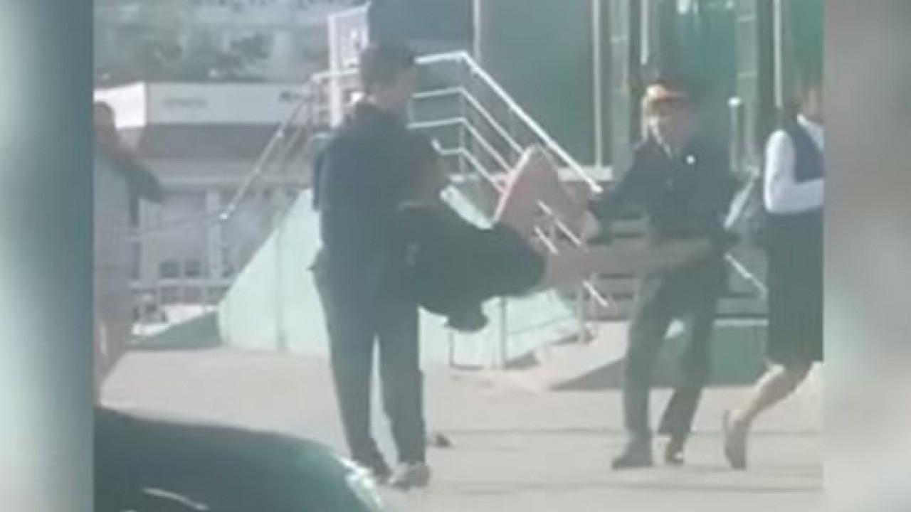 Житель Актау был задержан не за женскую одежду, - полиция