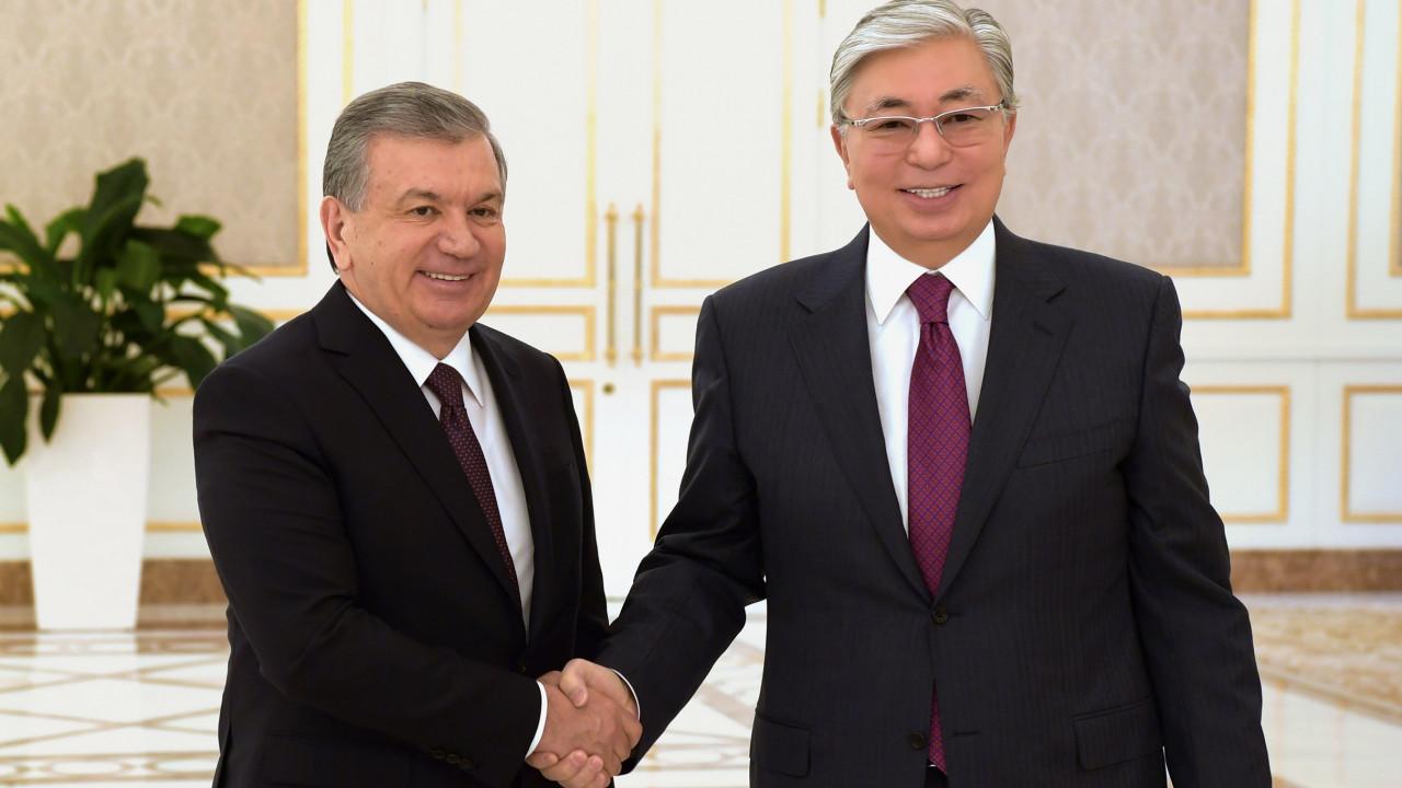 Мирзиеев поздравил Токаева с победой на выборах