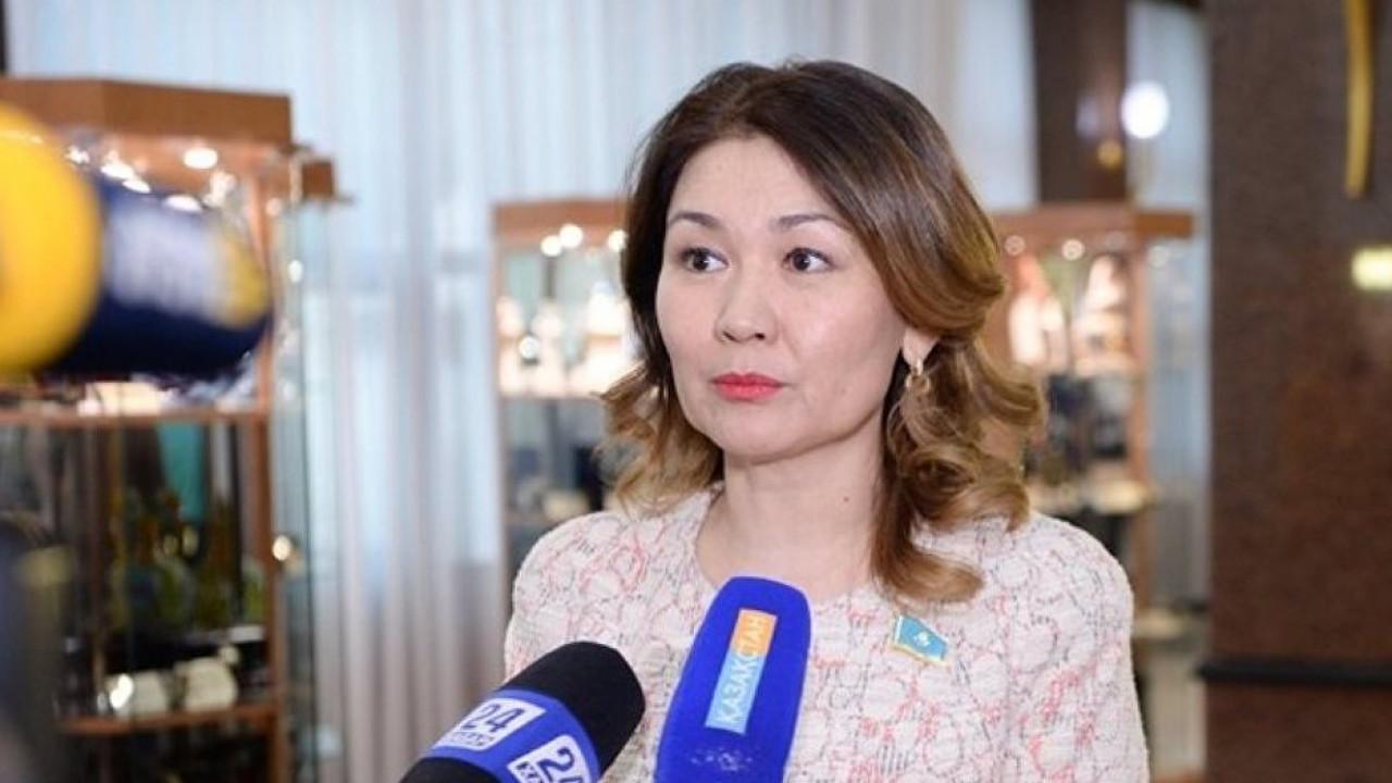 Мажилис досрочно прекратил полномочия депутата Анар Жаилгановой
