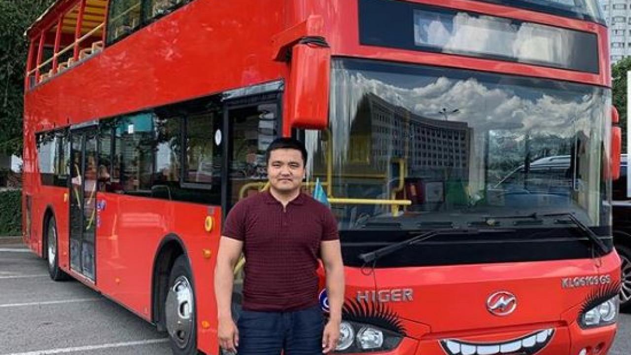 Впервые в Алматы запустят двухэтажный туристический автобус