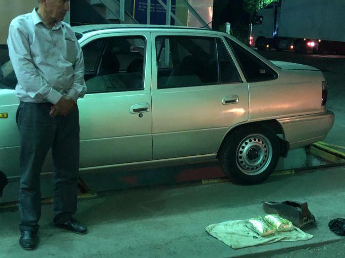 Почти два кило героина пытался ввезти в Казахстан гражданин Таджикистана