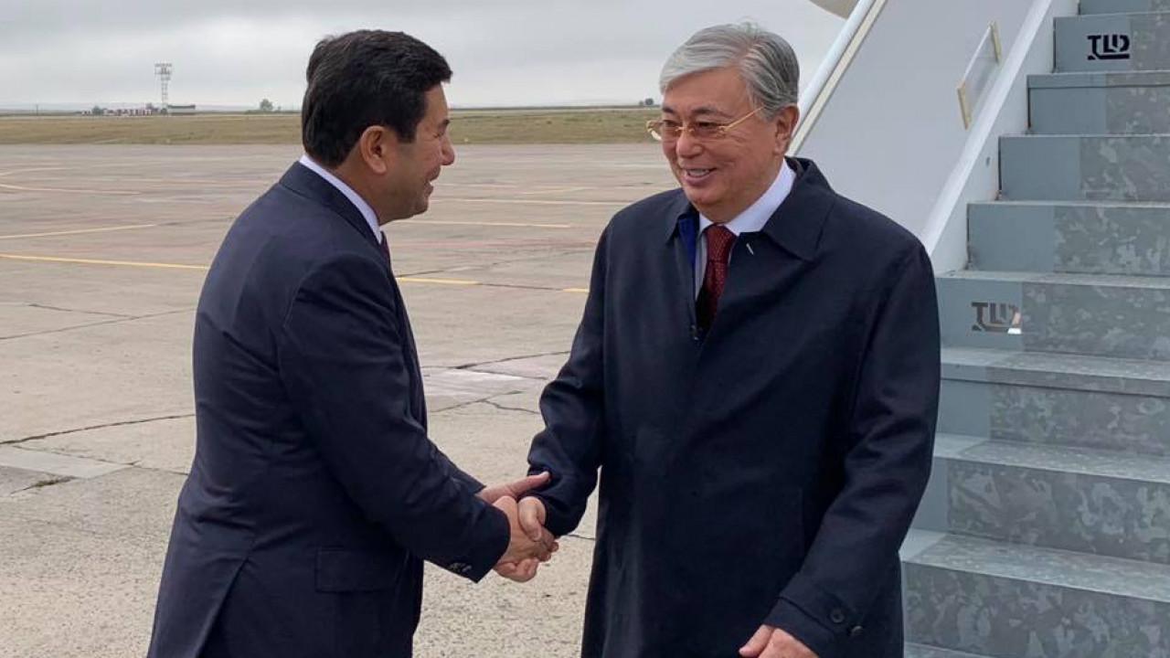 К.Токаев прибыл в Карагандинскую область для участия в совещании по индустриально-инновационному развитию страны