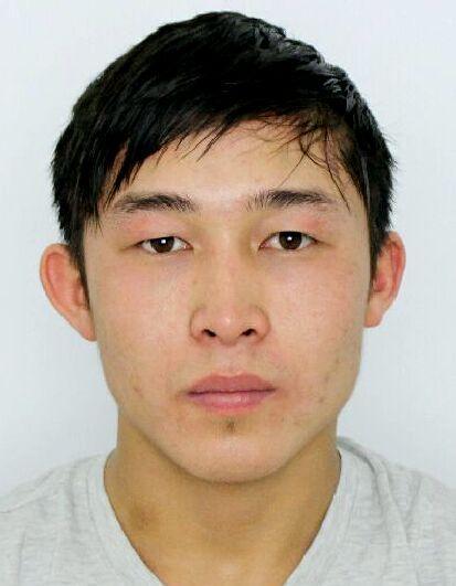 Полиция Алматы обнародовала фото карманников, задержанных за один день
