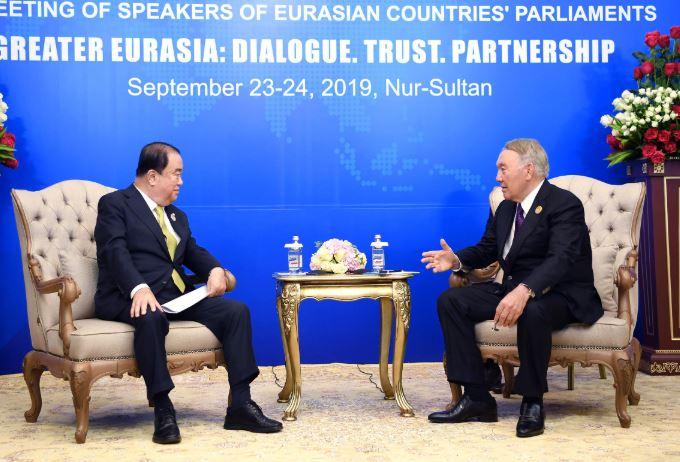 Назарбаев встретился со спикерами парламентов стран Евразии