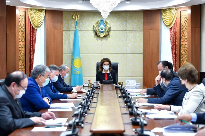"""Дарига Назарбаева: """"Нужно обратить внимание на людей, оставшихся без работы из-за карантина"""" 1"""