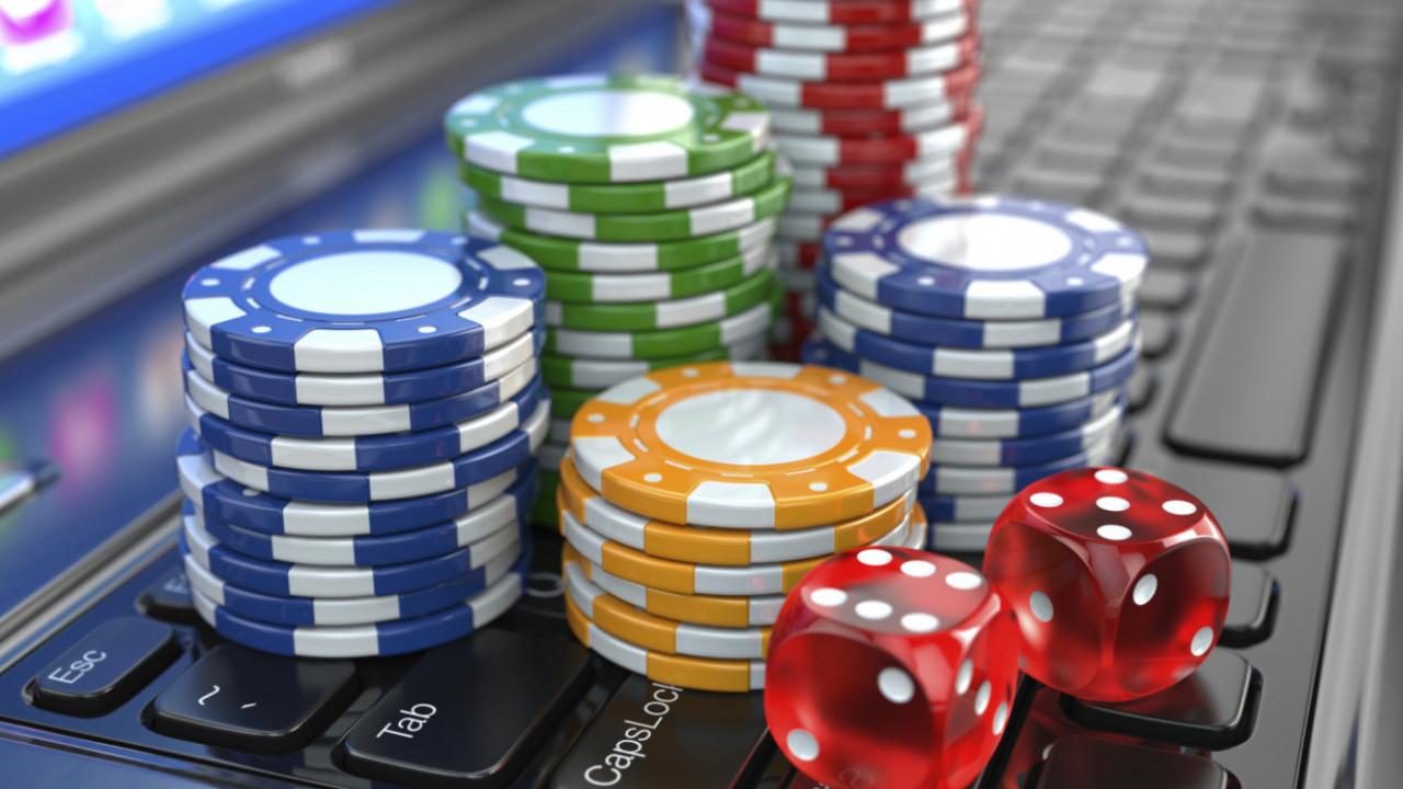 Как онлайн казино выплачивают выигрыш игровые аппараты правилы в казахстане