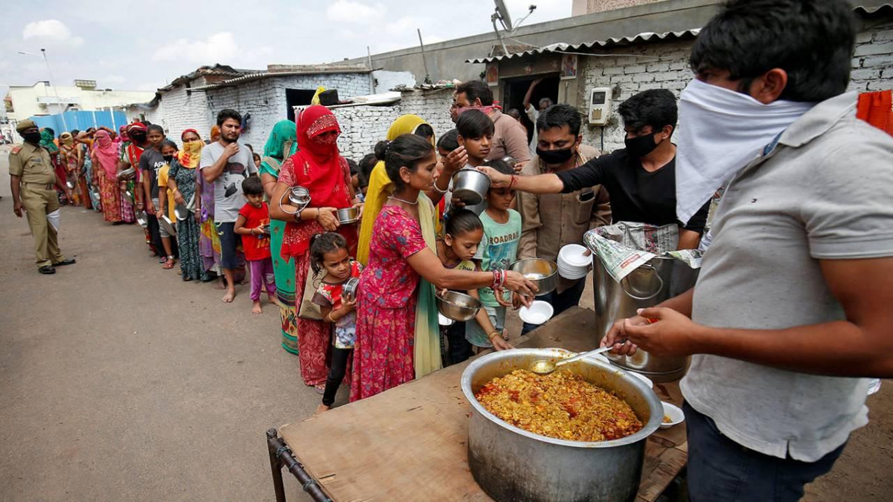 На Бали начался массовый голод
