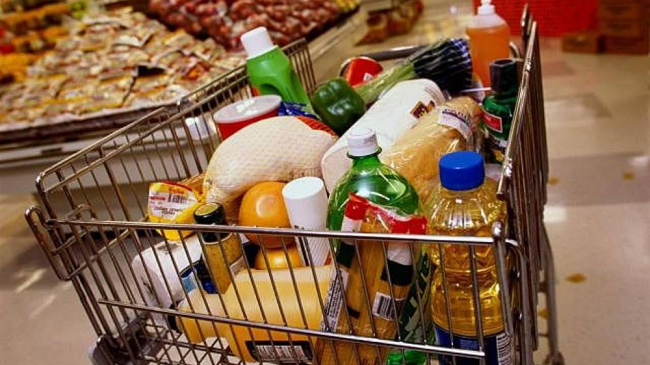 В регионах Казахстана вводят предельные цены на продукты питания