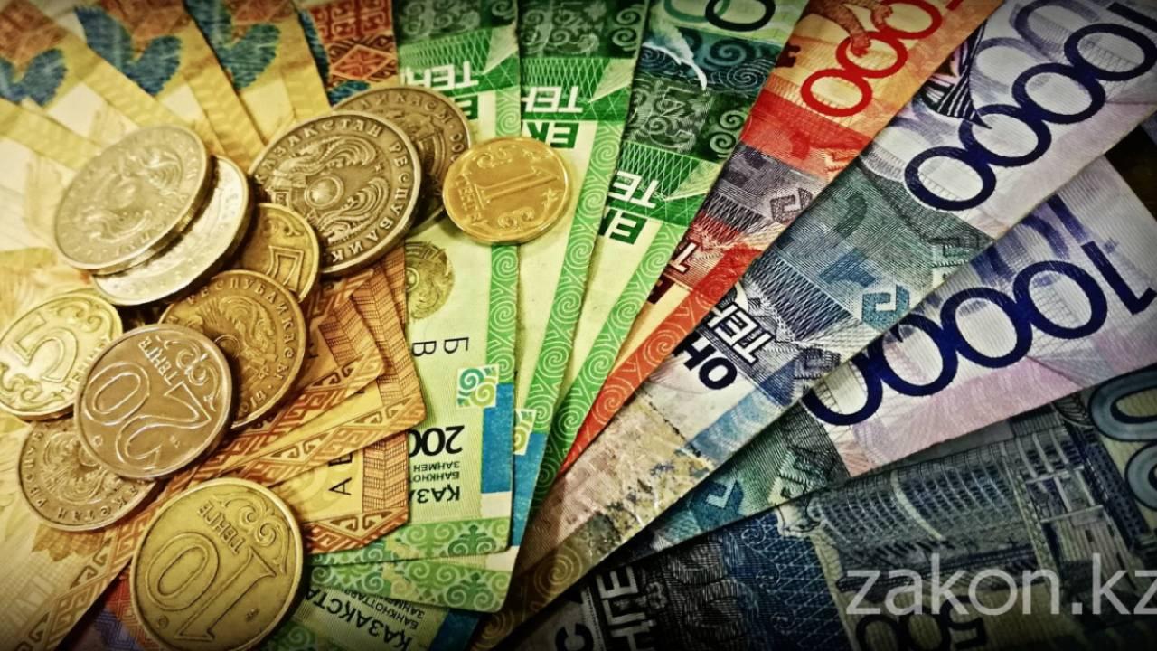 В Комитете госдоходов рассказали, как мало зарабатывают налоговики
