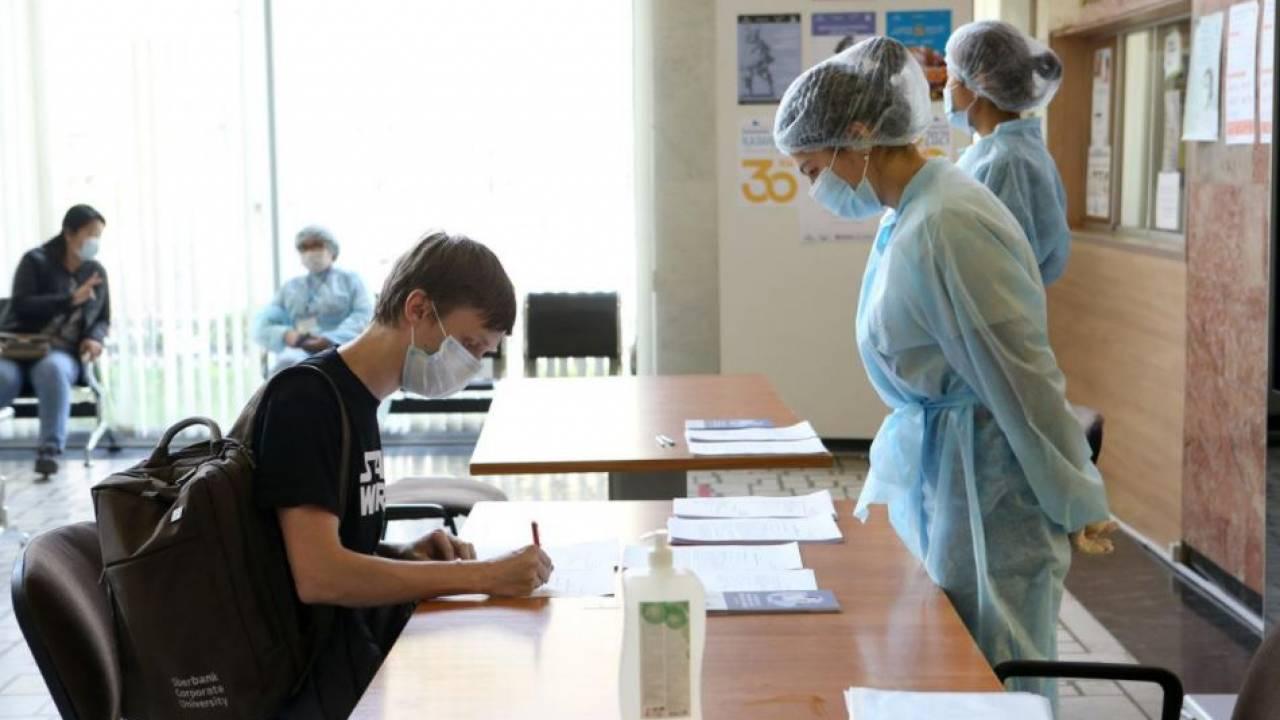 Более 108 тысяч алматинцев получили вакцину от коронавируса с начала февраля